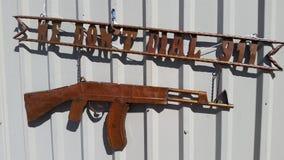 我们不拨911部AK-47金属 库存图片