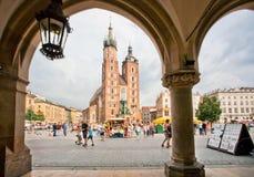 我们的夫人在1347到天堂里修造Assumed著名教会构筑由石曲拱 库存图片
