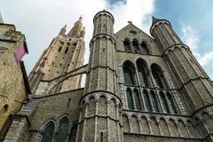 我们的夫人教会的哥特式门面,布鲁日,比利时 免版税图库摄影