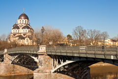 我们的标志教会的夫人在Zverynas桥梁附近的在维尔纽斯,升 免版税库存照片