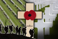 战争公墓-下落的英雄-记忆 免版税图库摄影