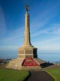 战争纪念建筑有海运视图,威尔士 免版税图库摄影
