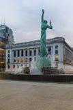 战争纪念建筑喷泉,克利夫兰,俄亥俄 免版税库存图片