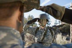战士向致敬 免版税库存图片