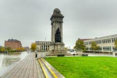 战士和水手纪念碑-西勒鸠斯, NY 库存图片