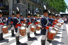 战士服装的人 免版税库存照片