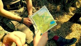 战士看地图 股票录像