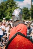战士节日的骑士参加者中世纪 免版税库存图片
