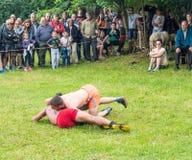 战斗在保加利亚人村庄在Nestenkar比赛,保加利亚 库存照片
