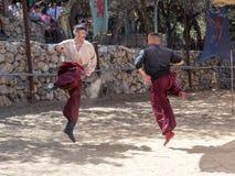 战斗在耶路撒冷`的节日`骑士的两个乌克兰哥萨克人在耶路撒冷,以色列 免版税库存照片