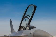 战斗机F-16 D的驾驶舱 库存照片