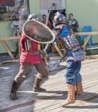 战斗骑士在竞技场 免版税库存图片
