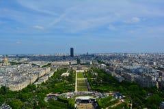 战神广场视图在夏天,巴黎,法国 免版税库存照片