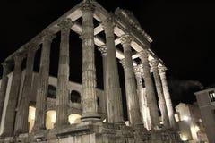 戴安娜寺庙在梅里达 免版税库存图片