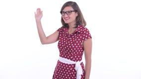 戴着眼镜挥舞手的美丽美女 股票视频