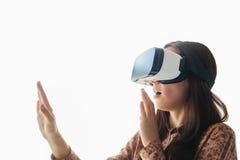 戴虚拟现实眼镜的少妇 现代技术 未来技术的概念 库存照片