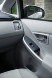 户内汽车内部皮革速度炫耀通信工具 免版税库存照片