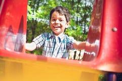 户外一个小印地安男孩的画象 图库摄影