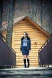 户外体贴的青少年的女孩冬天 免版税库存图片
