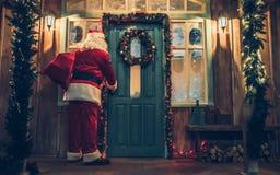 户外圣诞老人 库存照片