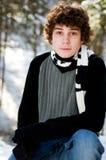 户外男孩青少年的冬天 免版税库存照片