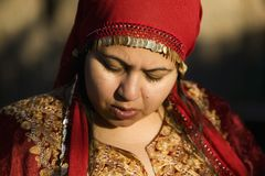 户外穆斯林妇女 免版税图库摄影