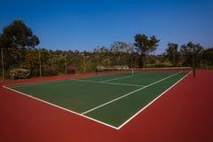 户外网球场新的表面 免版税库存图片