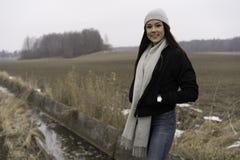 户外美丽的瑞典白种人青少年的女孩 库存图片