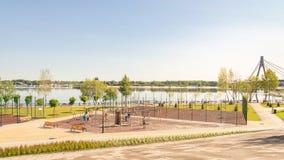 户外运动设施在基辅Natalka公园在乌克兰 免版税库存图片
