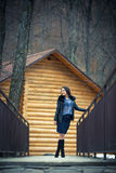 户外青少年的女孩冬天 免版税库存照片