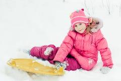 户外婴孩冬天。 免版税库存图片