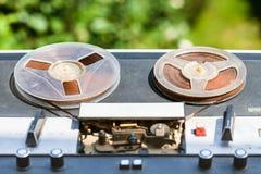 户外破旧的开盘式的记录器 图库摄影