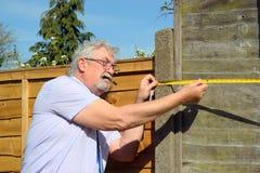 房地产开发商测量的物产 免版税库存图片
