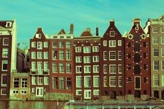 房子倾斜阿姆斯特丹 库存照片