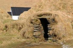 房子冰岛草皮 免版税库存图片