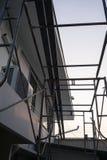 房子屋顶和天花板的整修有天空背景 库存图片