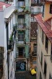 房子屋顶和窗口  免版税库存照片