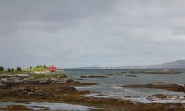 房子挪威风景视图 库存照片