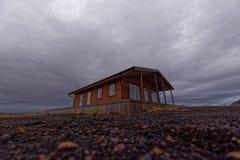 房子木的冰岛 免版税库存照片