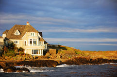 房子海边 库存图片