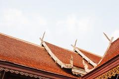 房子的泰国样式屋顶 库存照片