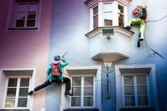 房子的自由的登山人 免版税库存照片