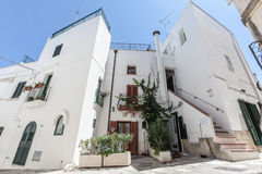 房子老白色 奥特朗托的历史的中心城市†‹â€ ‹的在远南意大利 免版税库存照片