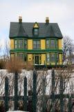房子老维多利亚女王时代的冬天 免版税库存图片
