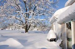 房子雪风暴 免版税库存图片
