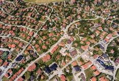 房子鸟瞰图在Zlatibor,塞尔维亚 免版税库存照片