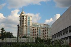 房子8/10第3个Golutvinsky胡同的片段和安置22 Bolshaya Yakimanka 免版税图库摄影