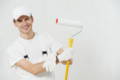 房屋油漆工工作者纵向  免版税图库摄影