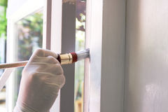 房屋油漆工工作 免版税库存照片