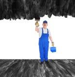 房屋油漆工盖无形的墙壁 免版税库存照片